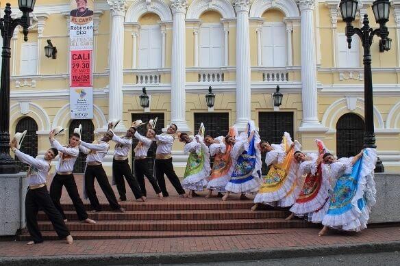 Ballet-Folklórico-de-Colombia1