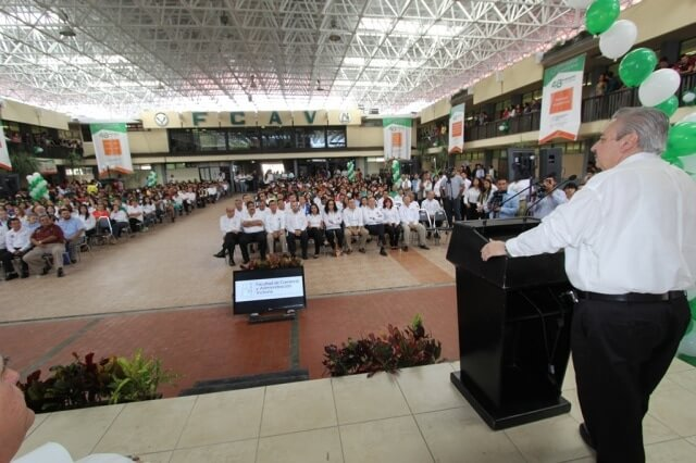 foto 1 rector aniversario fcav