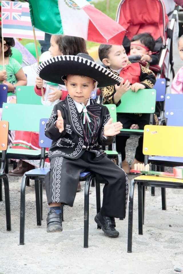 foto 3 desfile circulo infantil