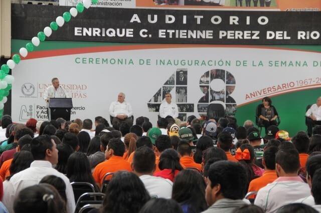 foto 5 rector aniversario fcav