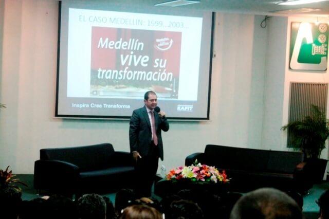 foto 1 conferencia empresas sociales