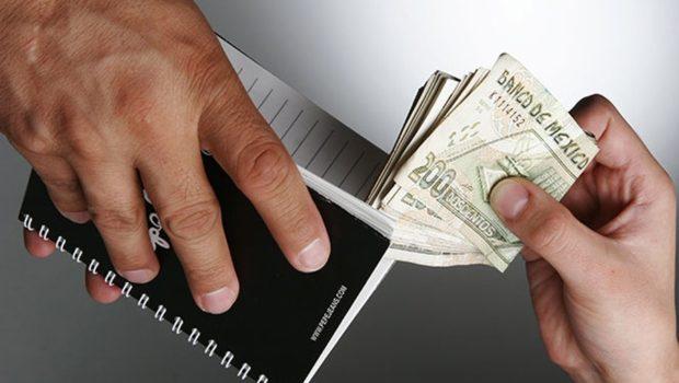 Resuelve fiscalía casi la mitad de denuncias por actos de corrupción