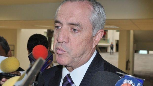 Elecciones 'no distraen' a diputados, asegura Etienne